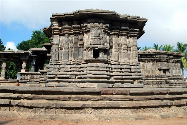 1000 Pillar Temple, Warangal