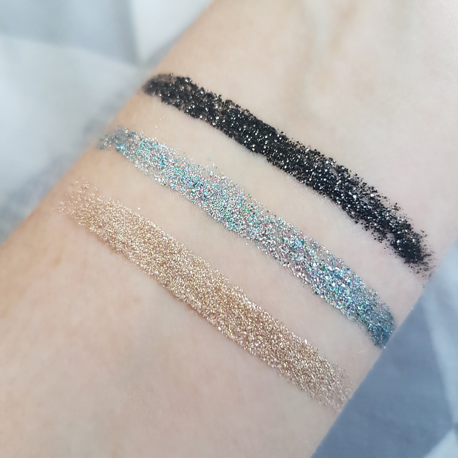 Swatches of Collection Glam Crystals Gel Eyeliner