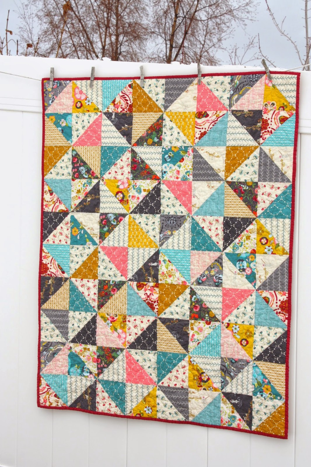 Quilt Patterns Quarter Square Triangles : Half Square Triangle baby quilt pattern