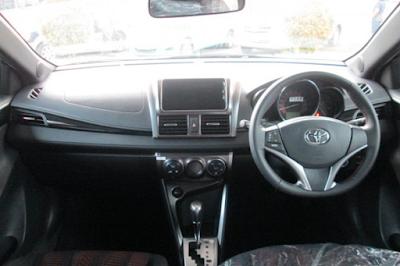 Interior Toyota Yaris Lele