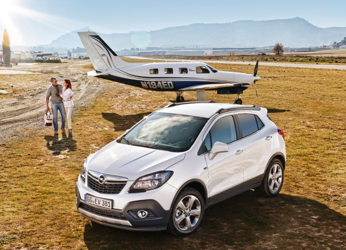 riwal888 blog new opel mokka suv is awd car of the year 2013. Black Bedroom Furniture Sets. Home Design Ideas