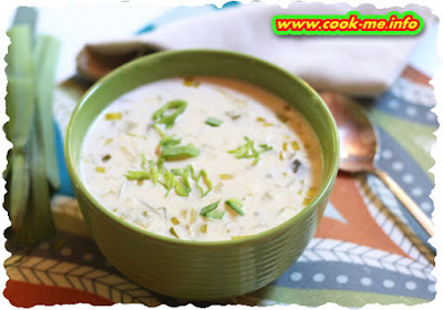Cream of leek soup with cheese