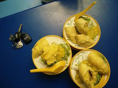 Makan cendol durian sedap di Medan Selera Delima, Seksyen 24 Shah Alam