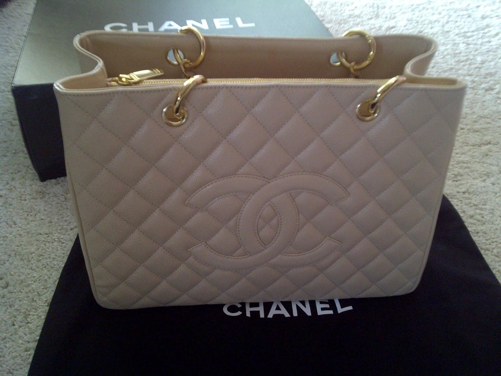 0a87891a188 Chanel GST Caviar Beige GHW | florencecloset.blogspot.com