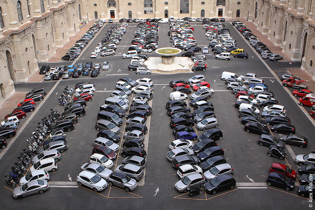 Парковка в Ватикане