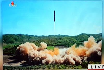 http://www.sueddeutsche.de/politik/konflikt-mit-pjoengjang-nordkorea-verkuendet-test-von-interkontinentalrakete-1.3572575
