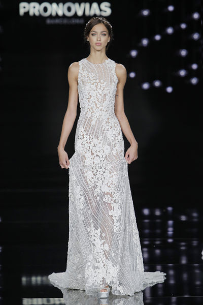 Vestido de novia Pronovias 2017 - Foto: Barcelona Bridal Fashion Week
