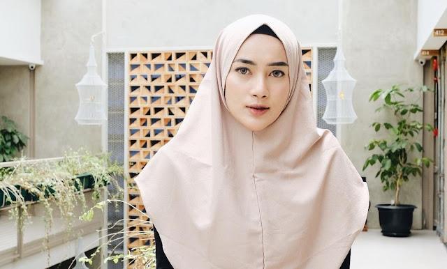 How To Wear Hijab a Pashmina Selebgram Ashryrrabani from Instagram