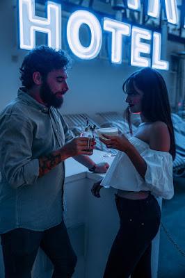 Cocktail en Hotel Marina Roses Vives Shoes