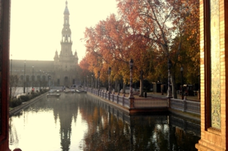 Viajes al Sur.     (Sevilla. Plaza de España)