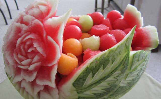 Apakah Anda pernah mencoba untuk mengukir buah atau sayuran 5 Ukiran Buah dan Sayuran yang Fantastis