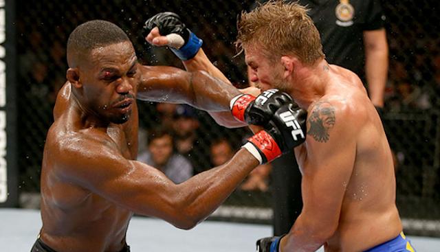 Jon Jones defs. Alexander Gustafsson UFC 232