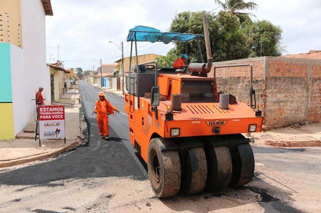 Pavimentação das ruas na Unidade 101 está melhorando a qualidade de vida da população da Cidade Operária