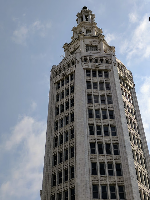 A self-guided architecture walk in downtown Buffalo: Buffalo's Electric Tower