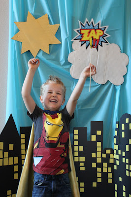 diy super hero party photo backdrop