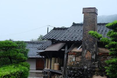 鳥取 因州・中井窯 煙突が渋いですね