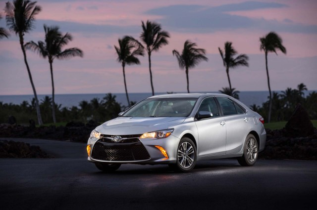 Toyota Camry 2017 Caractéristiques