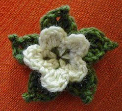 http://mamitaquerida.blogspot.com.es/2010/02/tutorial-picot-flower.html