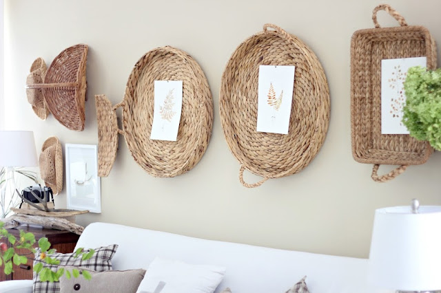 Baskets hung on the wall from Craftberry Bush #gallerywall #decorating #decoratingideas #andersonandgrant