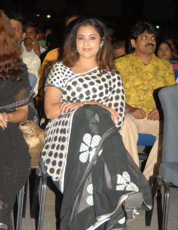 Hot Actress Meena Photos In Black Saree