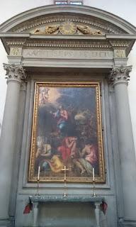 "Basílica di Santa Croce, ""Anunciación"" de Donatello."