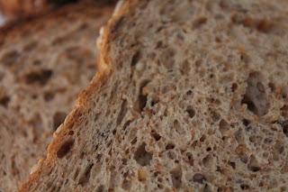 Integral e com sementes - pão fatiado, pão branco