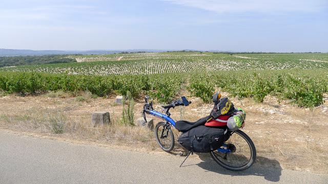 De Paris à Narbonne en vélo, Chateauneuf-du-Pape