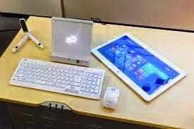 Fujitsu Lifebook GH77/T half tablet pc and half Desktop PC review