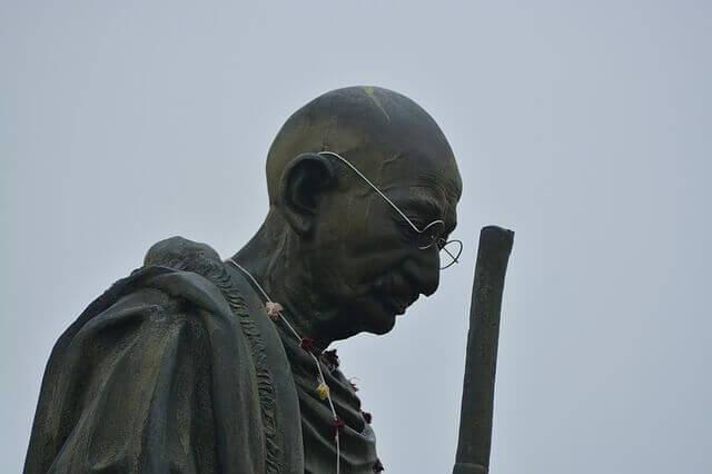 5 Interesting and Inspiring Short Stories of Mahatma Gandhi's Life