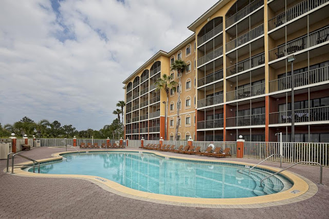 Westgate Towers Resort in Kissimmee, Florida, is a Disney area hotel that offers guests all the comforts of a fully furnished home with accommodations ranging from studios to spacious one- and two-bedroom villas, all within minutes of Orlando's world-famous theme parks.
