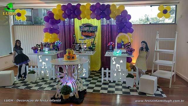 Decoração da mesa do bolo de aniversário tema Cúmplices de um Resgate para festa feminina - Barra - RJ
