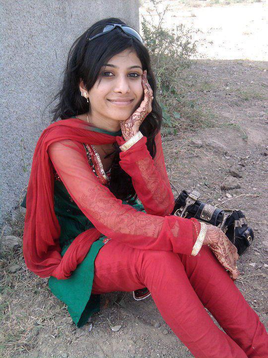 Cute Girls Hot Desi Babes 20-1432