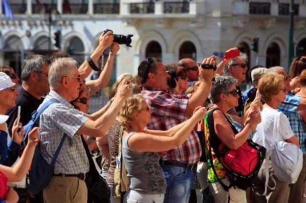 """""""Ψίχουλα""""  μάζεψε η Πελοπόννησος από τον τουρισμό του 2017 - Αποκαλυπτικά τα στοιχεία του ΙΝΣΕΤΕ"""