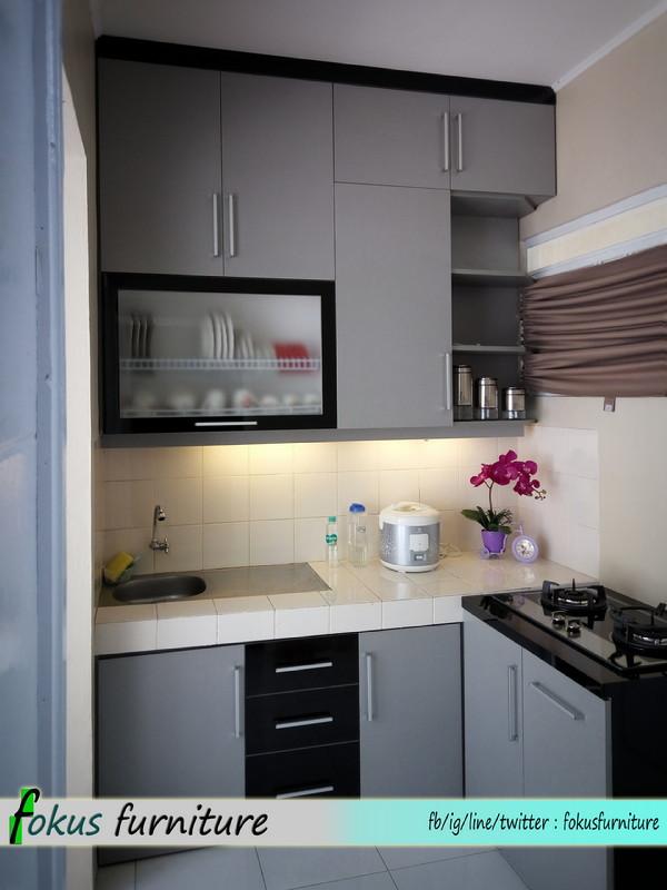 Kitchen set di citra indah cileungsi jonggol furniture for Harga granit kitchen set per meter