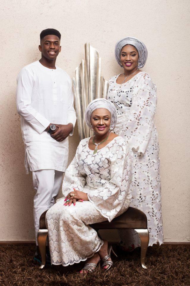 Jay-Jay-okocha-and-family