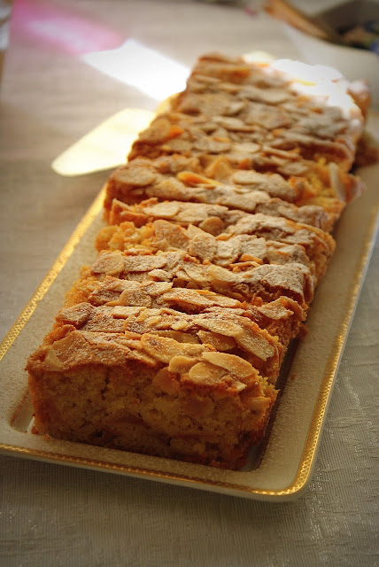 ciasto z jablkami,łatwe ciasto,szarlotka,jabłecznik,szybkie ciasto jablkowe,jabłka w cieście,