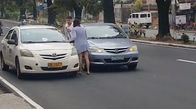 Duh! Wanita Ini Tega Tampar Sopir Taksi yang Lebih Tua Darinya, Lihat Videonya Membuat Netizen Geram