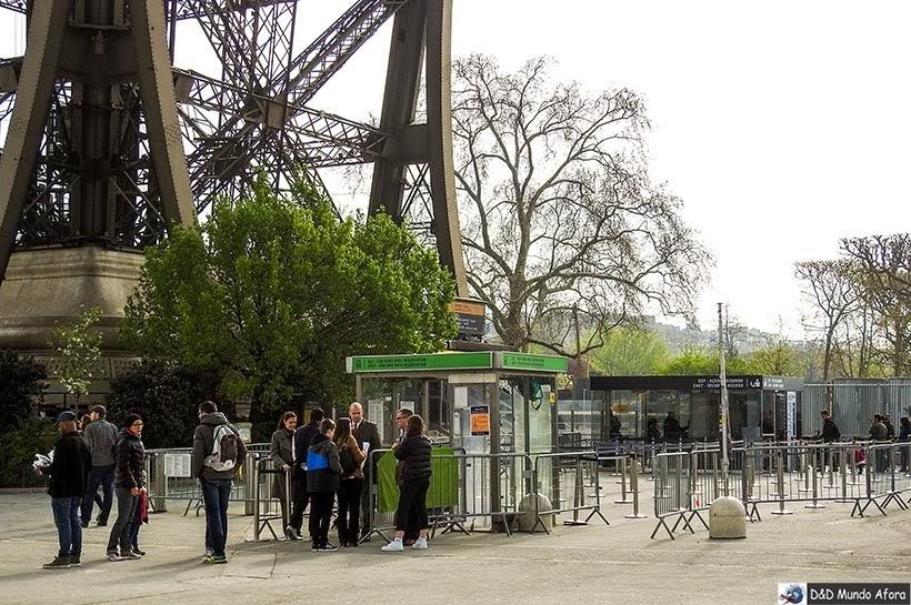 Como visitar a Torre Eiffel em Paris - entrada