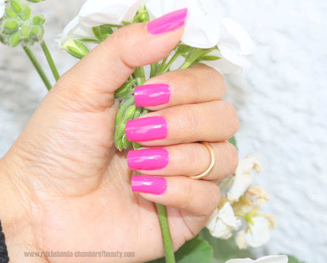 L'Oreal Paris La Vie en Rose les vernis Aishwarya's Pink