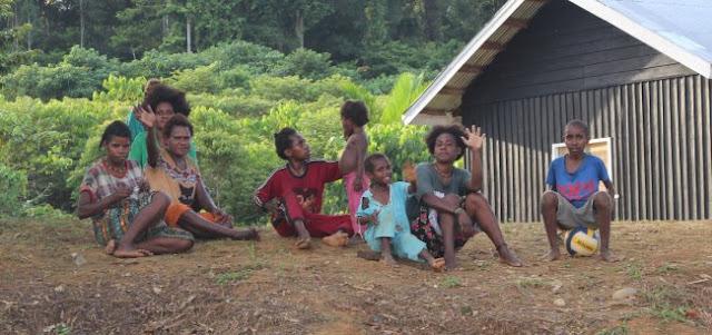 Warga Kampung Muara Nawa Belum Tersentuh Layanan Pendidikan dan Kesehatan