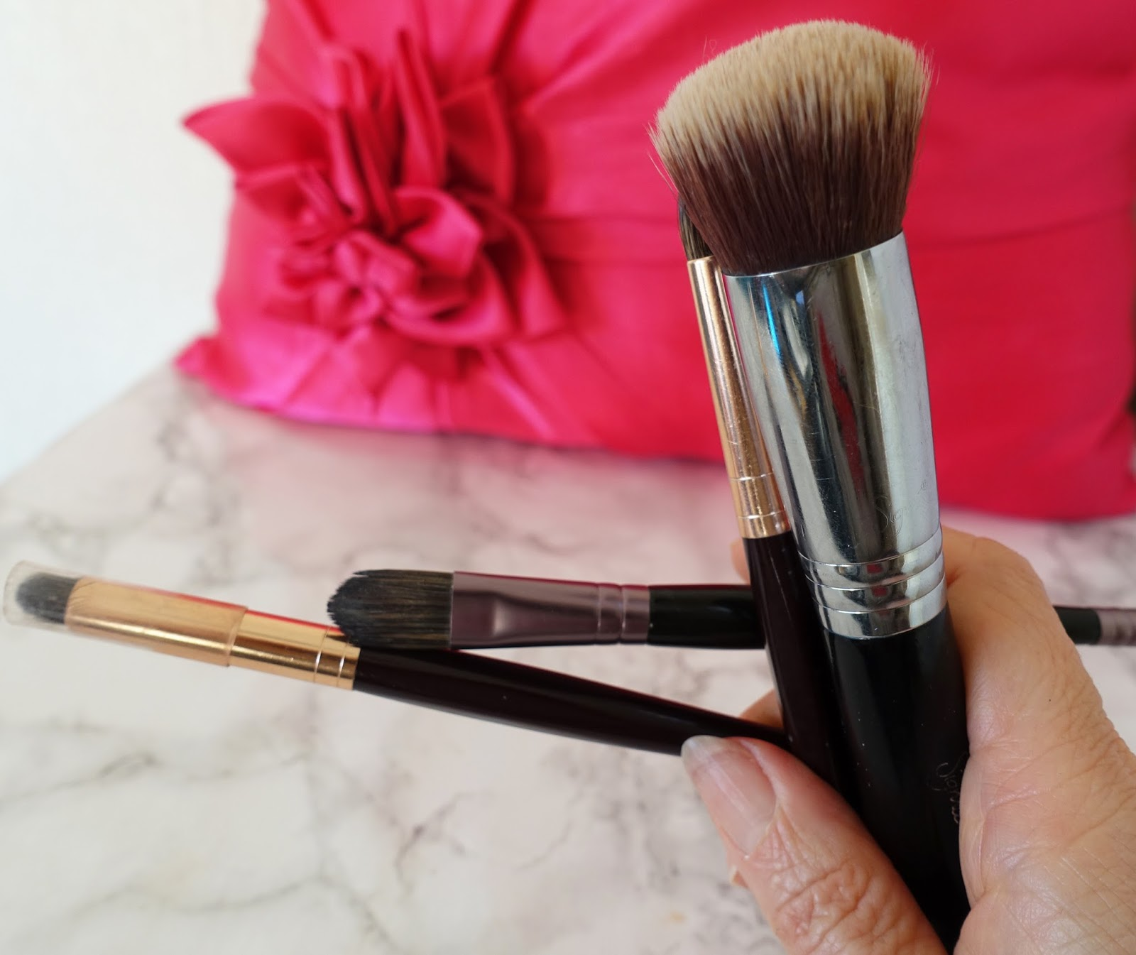 Image showing a woman's make-up brushes