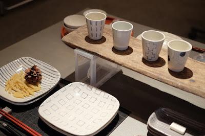 生坂村の陶芸家なかがわひとみ 松本の展示会 カレーやパスタなどの皿