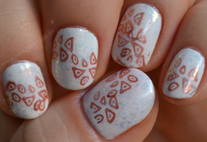 plastic stamping plate A19, layering, manicure, notd, nails of the day