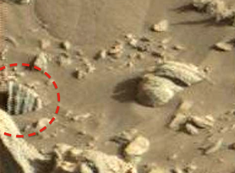nasa rover spots claw of living alien on mars - 477×351