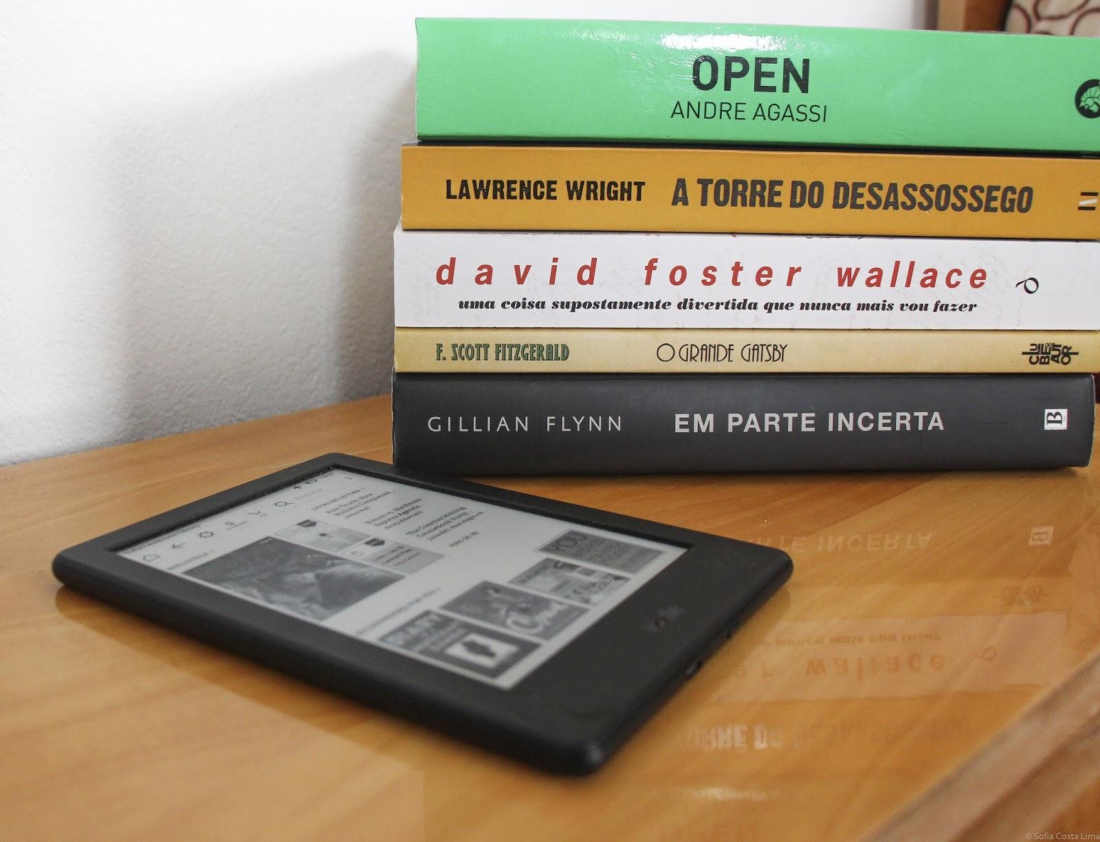livros físicos ou livros digitais