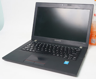 Lenovo K2450 Core i5 Bekas