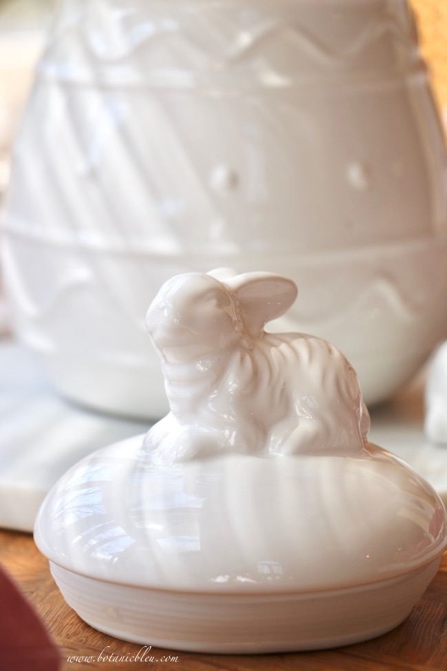 Easter tablesetting white ceramic bunny handled lid