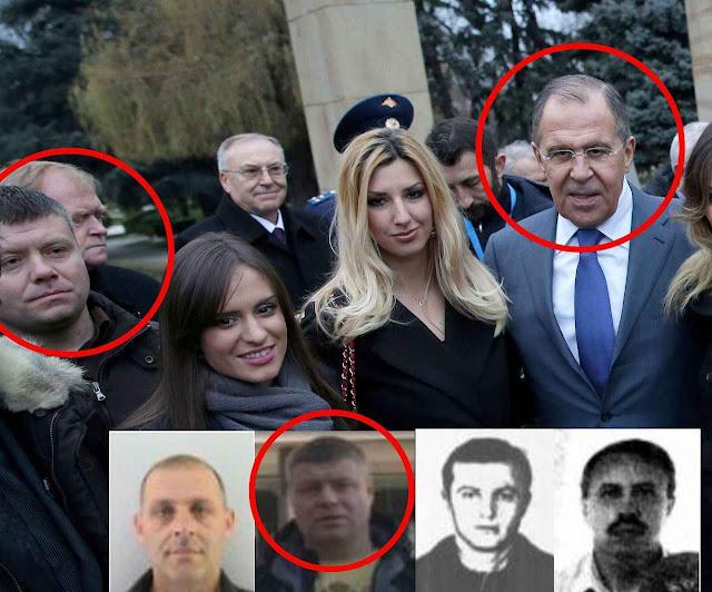Nemanja Ristic, um dos conspiradores, fotografado perto do ministro do exterior russo Sergei Lavrov em visita à Sérvia