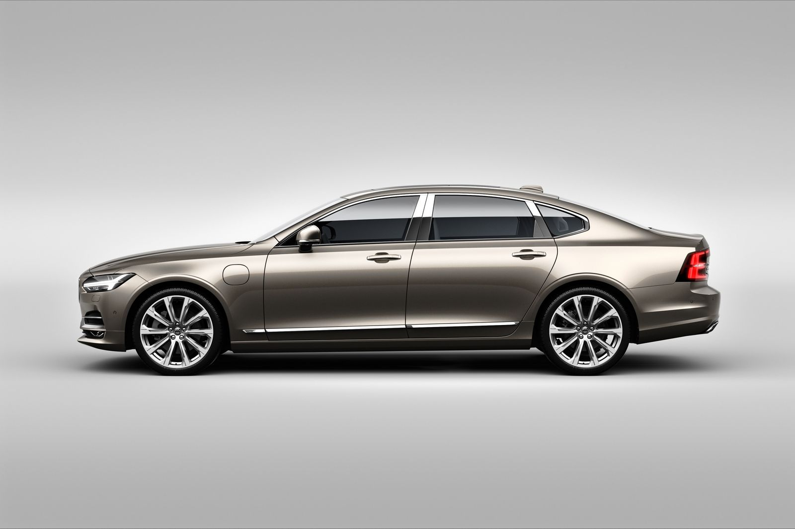 2015 - [Volvo] S90 - Page 14 Volvo%2BS90%2BChina%2B17