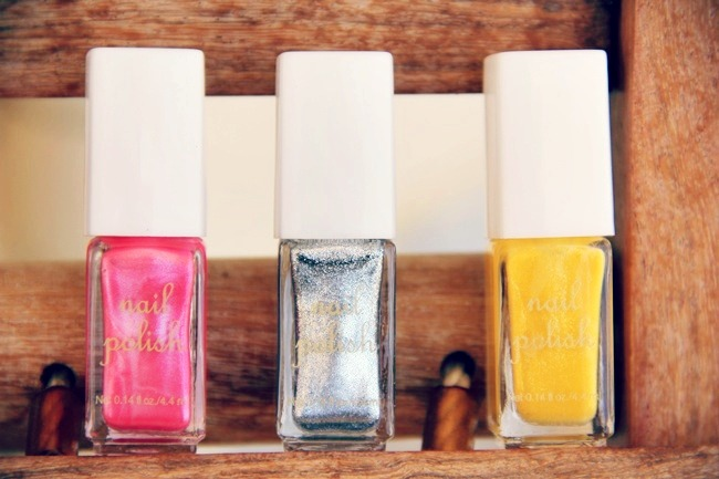 H&M mini nail polish set
